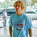 Justin Bieber and Hailey Baldwin at W Hotel in Miami - 454 x 681