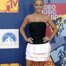 Tara Conner 2008 MTV Video Music Awards Arrivals 09-07-08 - 454 x 721
