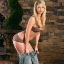 Ashley Taylor - 454 x 682