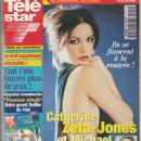 Catherine Zeta-Jones - Télé Star Magazine Cover [France] (9 August 1999)