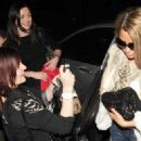 Katie Price Leaves Gem Bar 2 - 454 x 323
