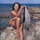 Claudia Cardinale - 454 x 679