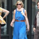 Natasha Bedingfield: walk down the street in New York City