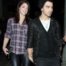 Ashley Greene leaving Beso Resteraunt (with Joe Jonas) (November 26, 2010)