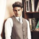 Prateik Babbar - Andpersand Magazine Pictorial [India] (March 2012) - 454 x 477