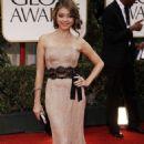 Sarah Hyland's Stylish 2012 Golden Globes Arrival