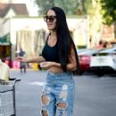 Nikki Bella – Grocery Shopping in Los Angeles