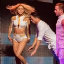 Julianne Hough – Performing on her Move On Live tour in Orlando - 454 x 605