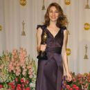 Sofia Coppola At The 76th Annual Academy Awards -Press Room (2004) - 454 x 796