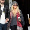 Christina Aguilera & Matt Rutler's Holiday Shopping Spree