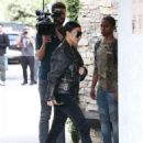 Kim Kardashian spotted out for lunch at Cafe Vega in Sherman Oaks, California on February 8, 2017 - 454 x 599