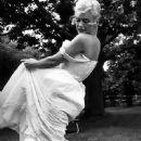 Marilyn Monroe - 450 x 684