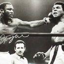 Joe Frazier Vs Muhammad Ali - 450 x 352
