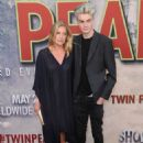 Sheryl Lee – Showtime's 'Twin Peaks' Premiere in Los Angeles - 454 x 633