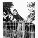 Audrey Hepburn - 454 x 611