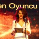 Songül Öden: Sadri Alisik Theater & Cinema Awards (2015) - 454 x 302