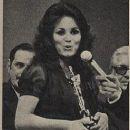 Regina Duarte - Contigo! Magazine Pictorial [Brazil] (April 1974) - 253 x 330