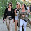 Lisa Rinna and Kyle Richards – 2018 Coachella Festival in Indio - 454 x 598