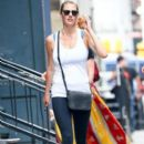 Kate Upton stops by a gym for a workout in New York City, New York on August 1, 2016 - 394 x 600