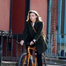 Chloe Moretz – Filming 'The Widow' in NYC - 454 x 635
