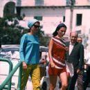 Jacqueline Kennedy Onassis & Lee Radziwill - 454 x 444