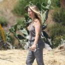Alicia Silverstone – Out on a hike with her dogs in Los Angeles - 454 x 681