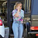 Hilary Duff – Out for dinner in Los Angeles