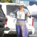 Paula Patton – Shopping in Malibu - 454 x 681