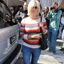Jennie Garth: Post-Divorce Outing in Beverly Hills