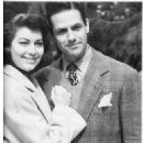 Mario Cabre and Ava Gardner - 323 x 367