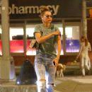 Gigi Hadid – Takes an afternoon stroll in NYC