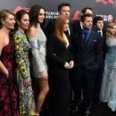 Deborah Snyder, Diane Lane, Gal Gadot, Amy Adams, Ben Affleck, Zack Snyder, Henry Cavill, Jesse Eisenberg, Holly Hunter, Tao Okamoto and the producer Charles Roven - March 22, 2016-'Batman V Superman: Dawn of Justice' European Premiere. - 454 x 255