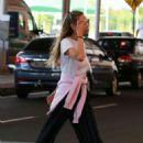 Candice Swanepoel – Arrives in Espirito Santo - 454 x 681