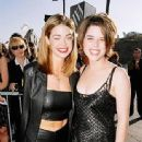 1998 MTV Movie Awards - Denise Richards and Neve Campbell - 337 x 379
