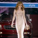 Heather Graham In A Slinky Silver Dress - GM Fashion Rocks