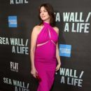 Anne Hathaway – 'Sea Wall/A Life' Opening Night in New York - 454 x 659