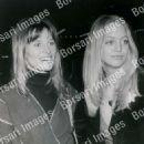 Julie Christie and Goldie Hawn - 454 x 574