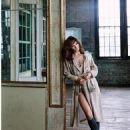Helena Christensen - Elle Magazine Pictorial [Malaysia] (November 2016) - 454 x 588