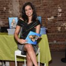 Bethany Mota – SIMPLY NYC Conference VIP Dinner in NYC February 12, 2018 - 454 x 681