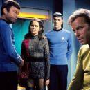 Star Trek - 320 x 240
