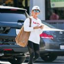 Sarah Hyland – Leaving a Cryotherapy session in Los Angeles