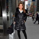 Maria Menounos– New York 03/20/2018 - 454 x 568