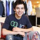 David Archuleta Goes Gifting