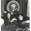 John Ritter and Nancy Morgan - 200 x 249