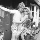 Nicolette Sheridan and Leif Garrett - 454 x 695