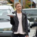 Jennifer Morrison on the set of 'Once Upon A Time' in Vancouver - 454 x 597