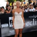 Amber Rose Arrives at the Premiere of Summit Entertainment's