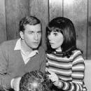Ted Bessell and Marlo Thomas - 312 x 432