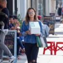 Jamie Chung – Out and about in Los Angeles - 454 x 681