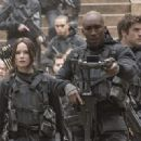 The Hunger Games: Mockingjay - Part 2 (2015) - 454 x 321
